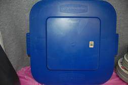 1-Set of 2 / Rubbermaid #3527 Trash Can Replacement LIDS