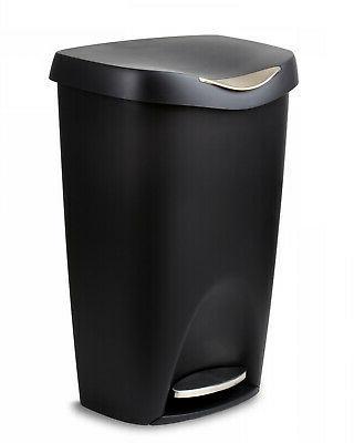 Umbra Brim 13 Gallon Trash Lid-Large Kitchen Garbage Can wit