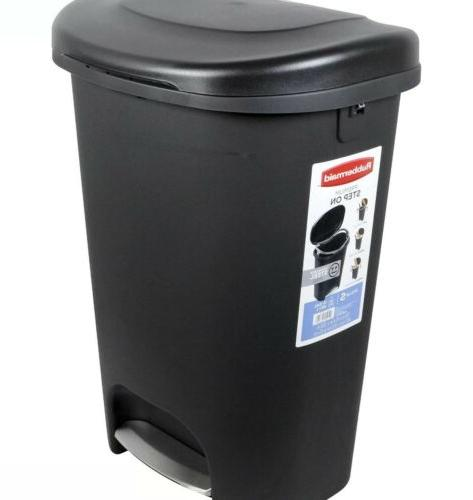 13 Trash with Kitchen Trash Can Garbage