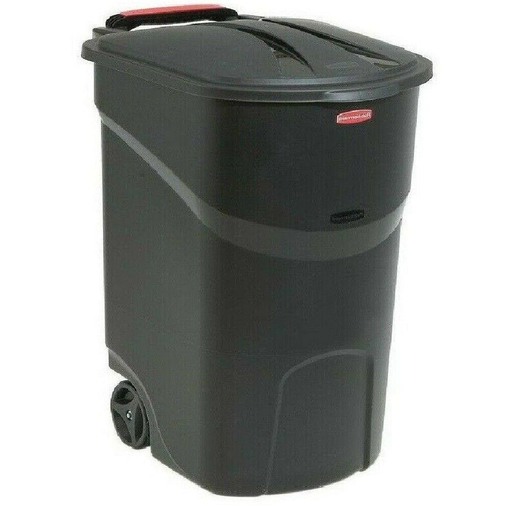 Rubbermaid 45 Trash Can with Lid Outdoor Bin