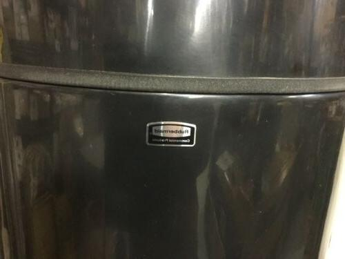 Rubbermaid Products 24 Can FGH2436SUTPL