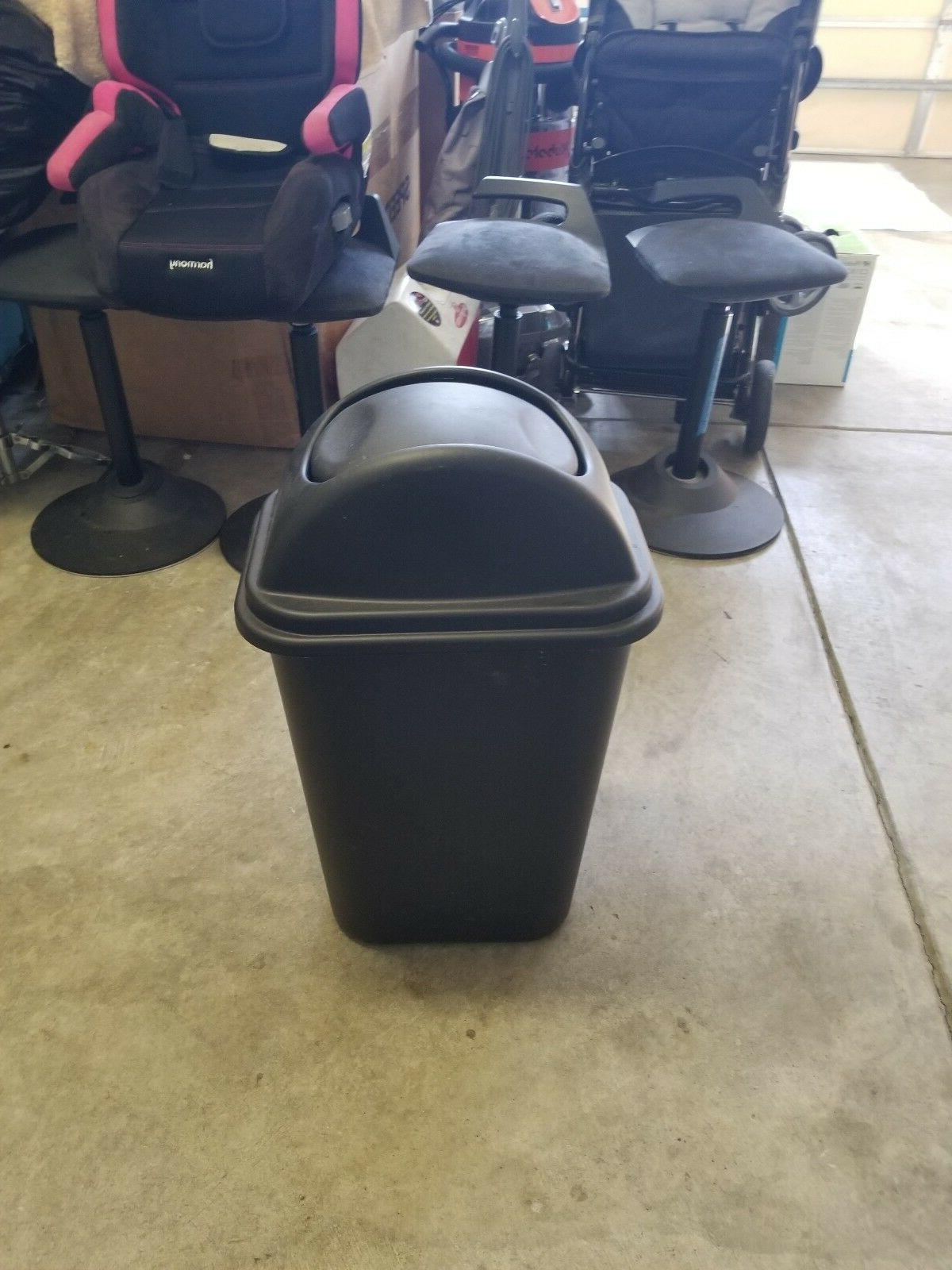 trash can 2957