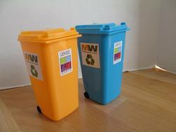 Mini Desktop WM Garbage Bin Trash Can Lot of 2