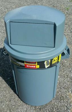 NEW 32 Gallon Rubbermaid Trash Can & Dome Lid 2637-88 LOCAL