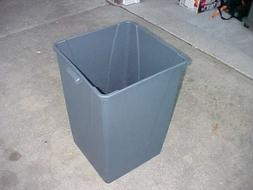 Qty. of 2) *NEW* CARLISLE 34393523 Square Trash Can.35 gal.G